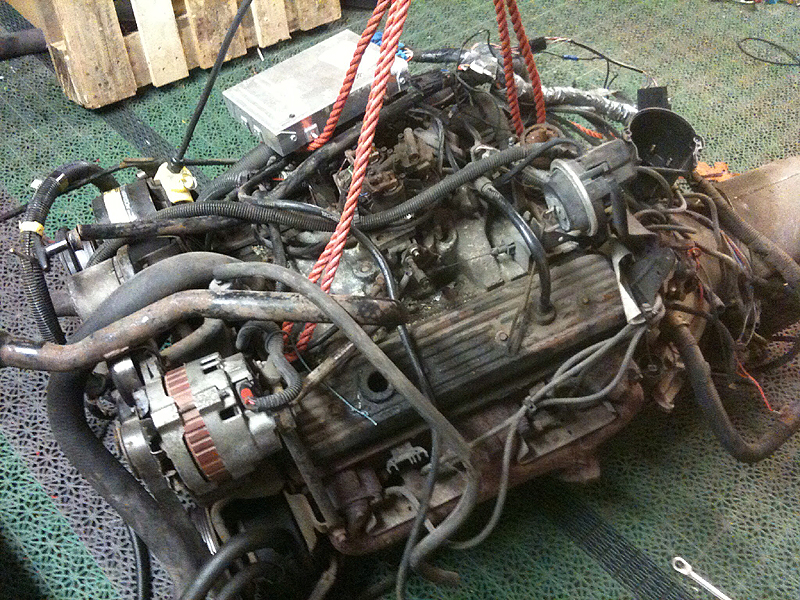 http://hyper8.se/images2/Camaro/skitig_motor.jpg
